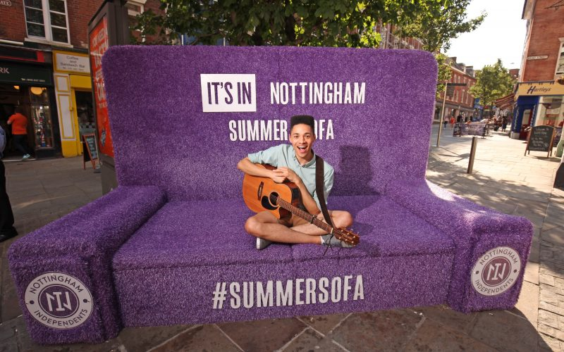 RS.-Musician-Rob-Green-on-the-Summer-Sofa